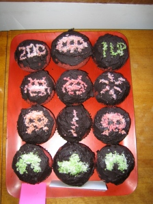 Space invader cupcakes